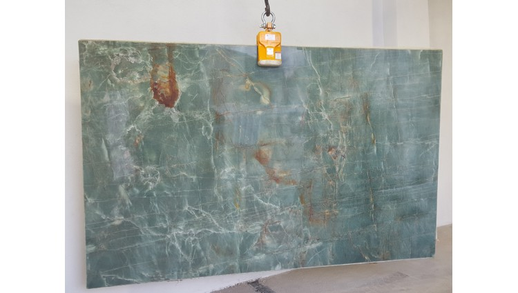 QUARTZITE  GREEN