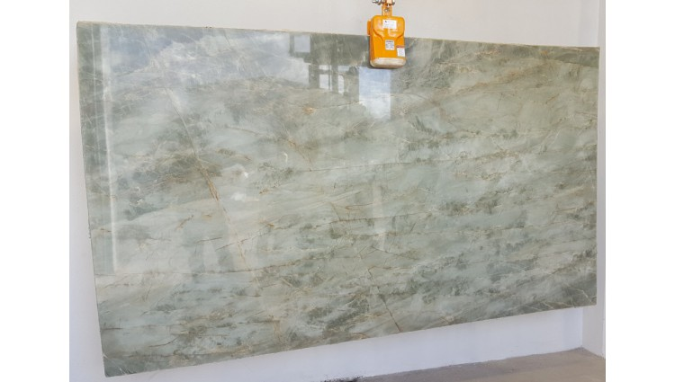 QUARTZITE LIGHT GREEN